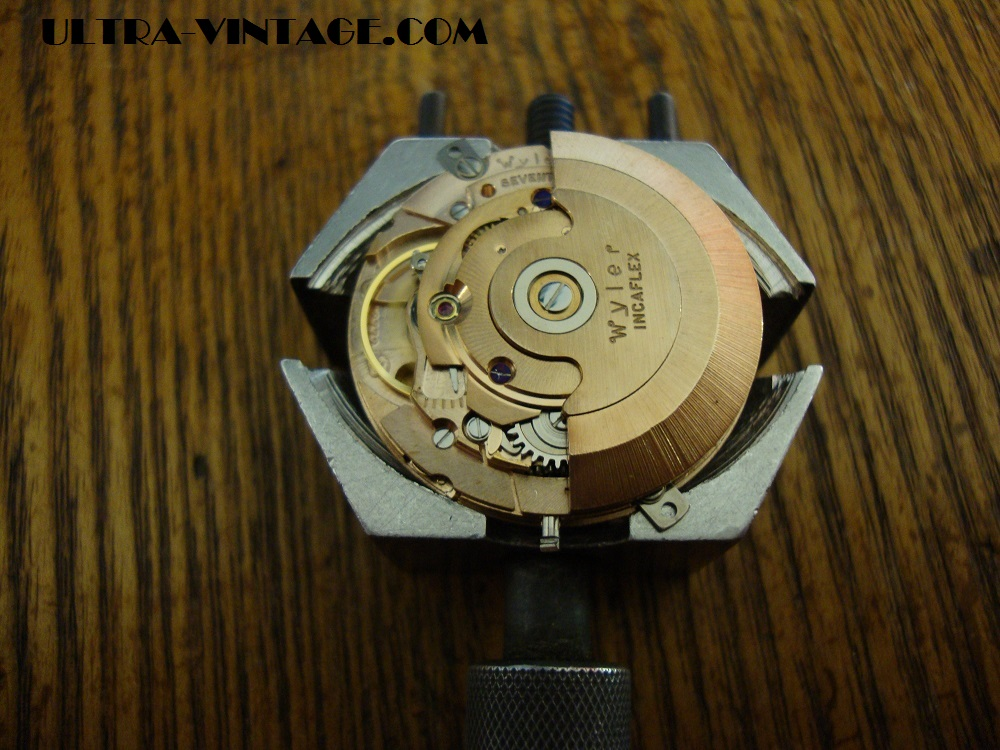 Wyler Dynawind 660 Movement