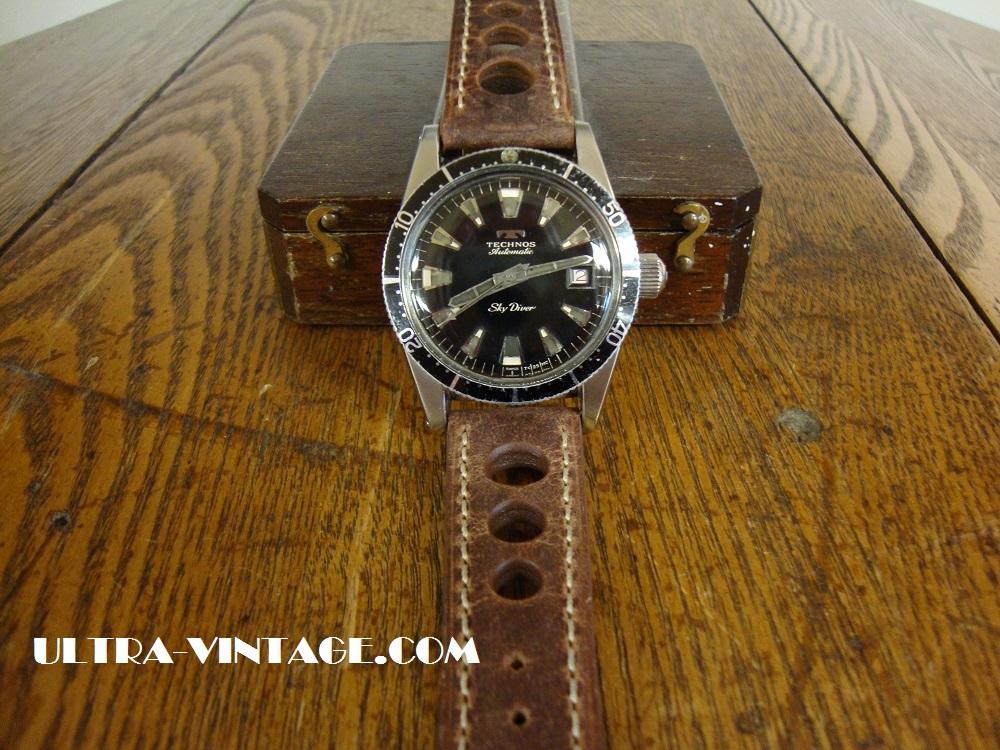 Technos Sky Diver Dive Watch