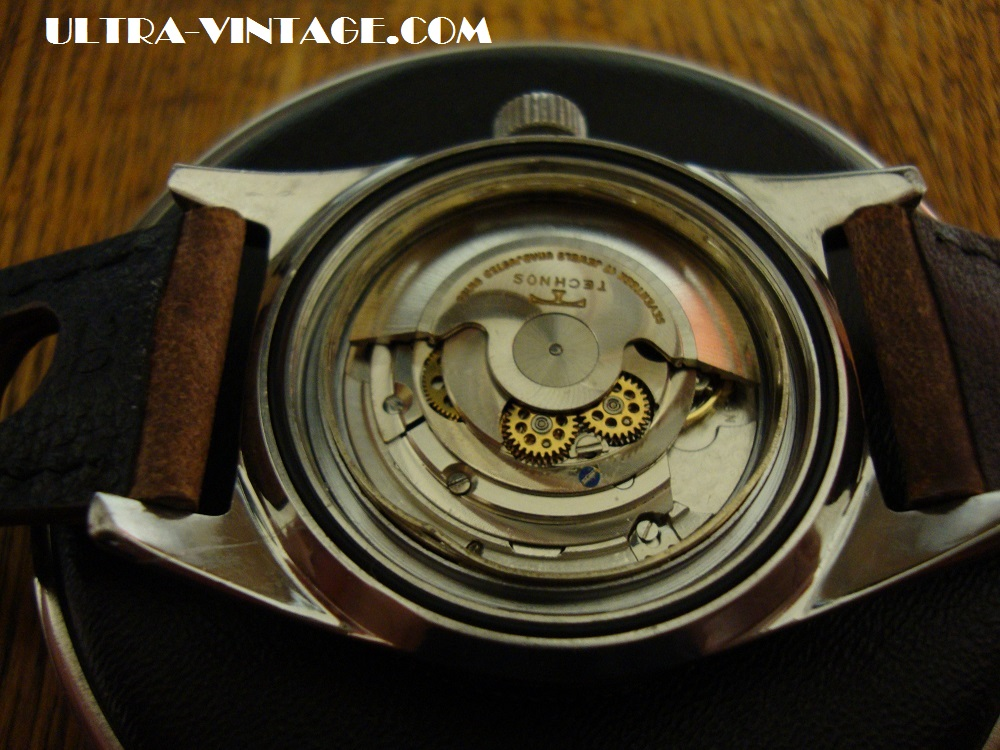 Technos Sky Diver ETA 2472 movement